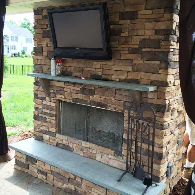 Outdoor Fireplace Contractor